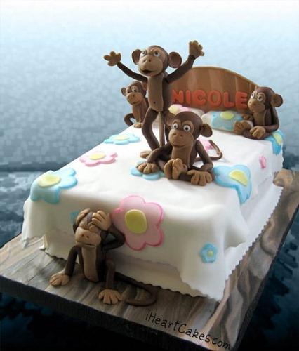 torta 5 monos